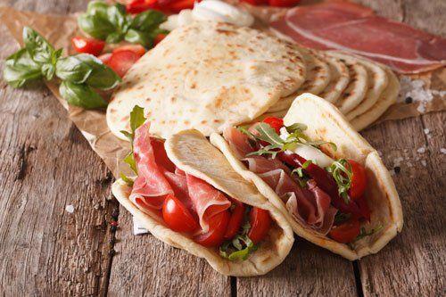 Piadine emiliane presso Il Negozietto Gastronomia a Viterbo
