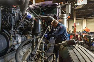 Semi Truck Repair & Service