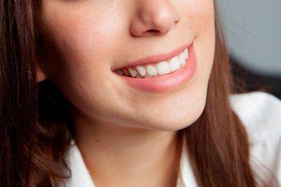 bocca sorridente di una donna