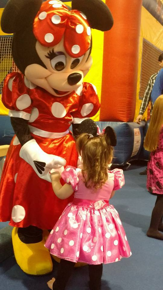 Minnie mouse lookalike