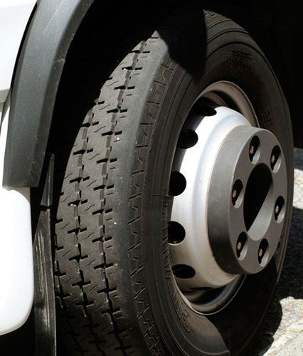 Commercial tyre fitting
