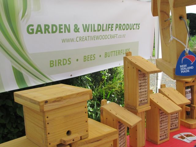 bumble bee boxes
