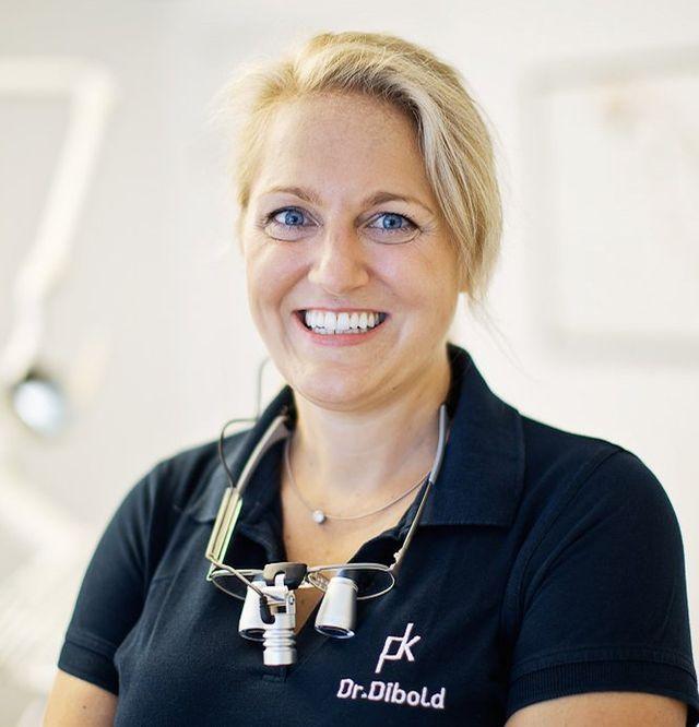 Zahnärztin DDr. Nikola Dibold MSc, Bregenz: Ästhetische Zahnheilkunde mit Bleaching, Veneers und mehr