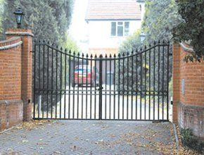 iron-gates-great-yarmouth-east-anglia-alma-ironcraft-ltd-iron-gates