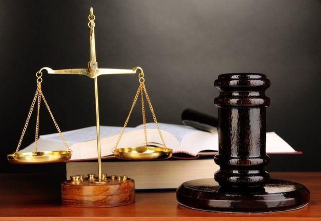 Bilancia, martello e codice giuridico