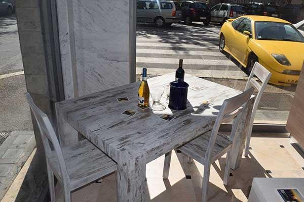 tavolo e tre sedie, in coordinato