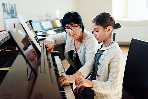 Piano training session in progress