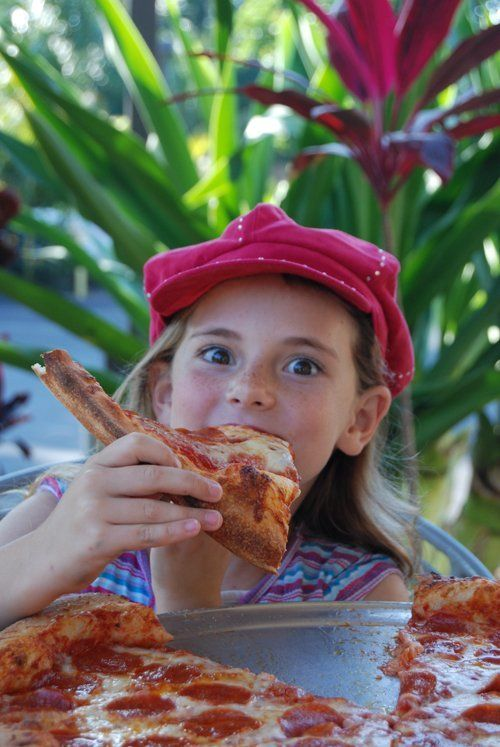 For delicious pizza, locals and tourists alike visit us in Kihei, HI