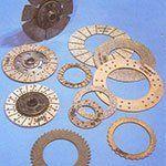 Componenti e ingranaggi  metallici per produzione di freni