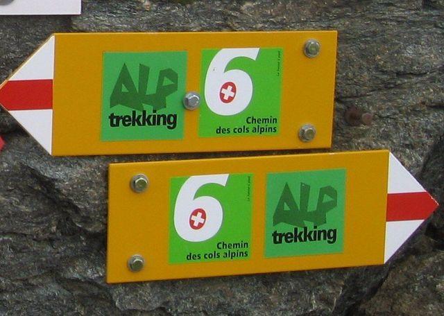 trekking signage