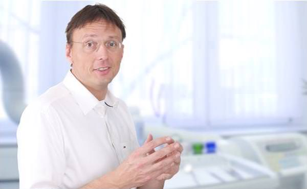 Zahnarzt Bad Kreuznach, Dr. Matthias Körppen: Zahnimplantate