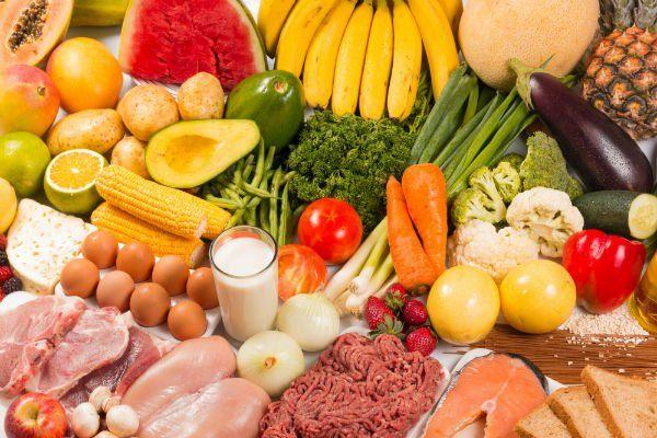 della frutta, verdura e carne