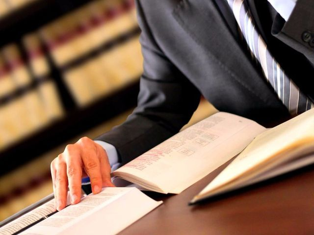 Our attorney solving corporate issues in Oakland, CA