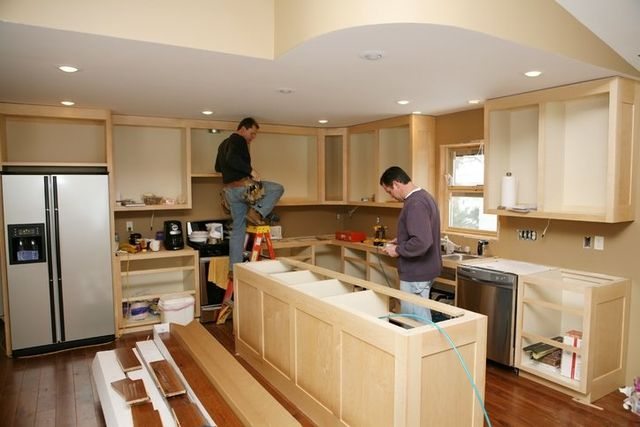 Why Hire A General Contractor For Kitchen Renovation