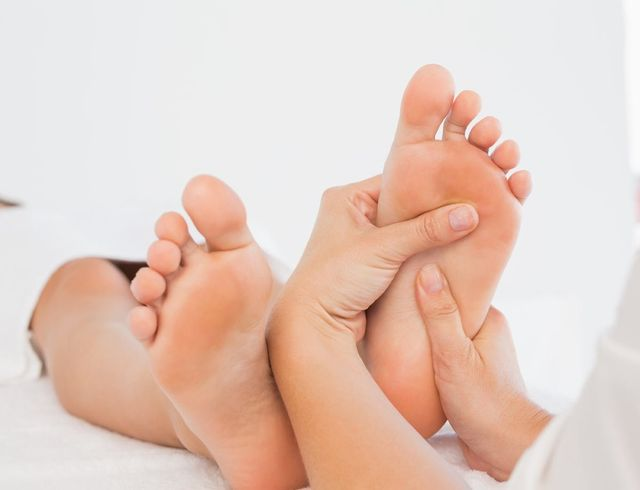 The Health Benefits of Massage Therapy for Foot Pain