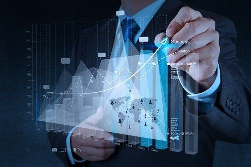 consulenza con grafico digitale