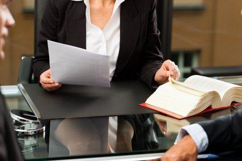 Consulenza legale magenta mi studio legale avv for Scrivania avvocato
