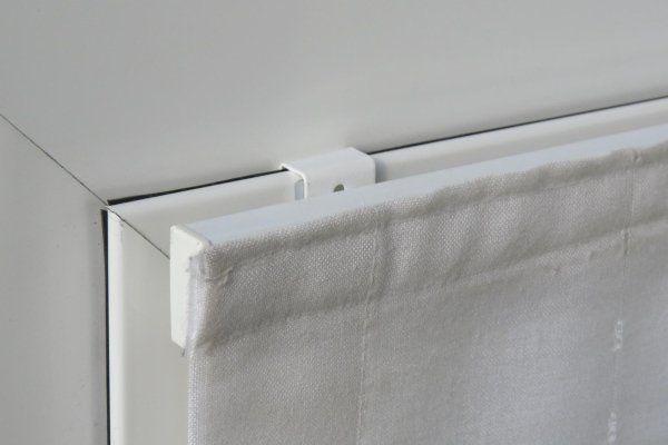supporto con profilo innestato su infisso in alluminio