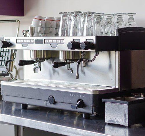 Macchina da caffè in un bar ad Agrigento