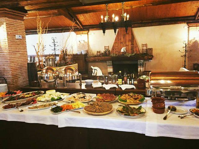 buffet di mezzogiorno