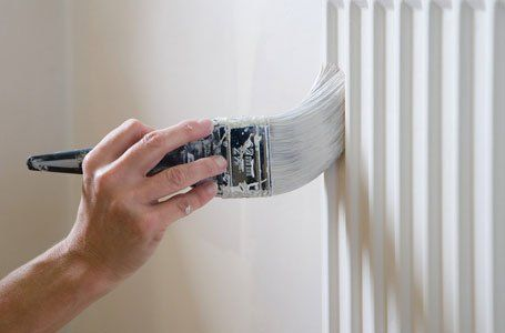 Painting and decorating expert