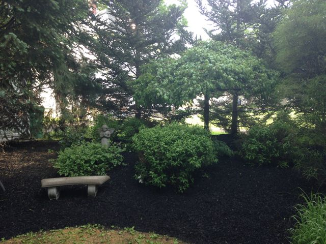 Screened topsoil erie pa landscaping supplies for Landscaping rocks erie pa