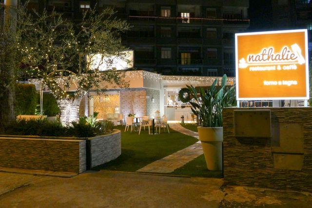 Esterno del ristorante Nathalie Restaurant & Caffè a Bari