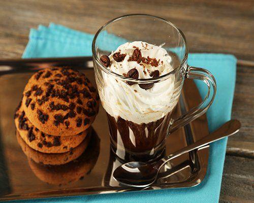 Crema fredda al caffè con i biscotti di Nathalie Restaurant & Caffè a Bari
