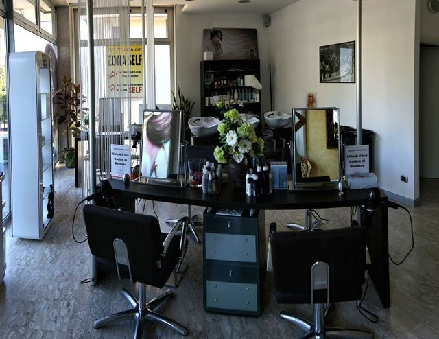 Salone Fedirica unisex