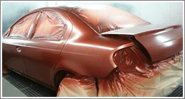 automobile sottoposta a verniciatura