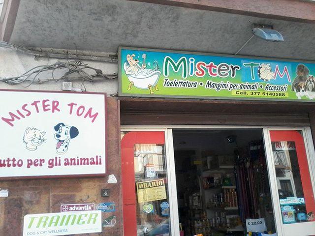 Mister Tom Esterno negozio