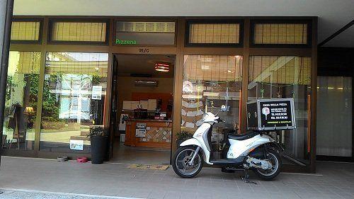 Facciata della pizzeria Casa della Pizza a Mogliano Veneto