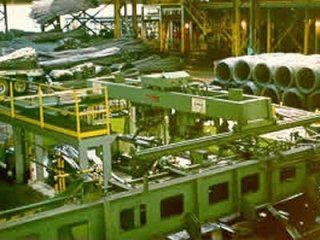 Binding machines for the steel industry