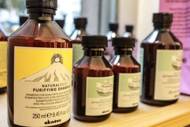 Prodotti naturali per il trattamento della cute e dei capelli