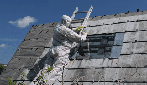 Experts spraying on asbestos in Christchurch