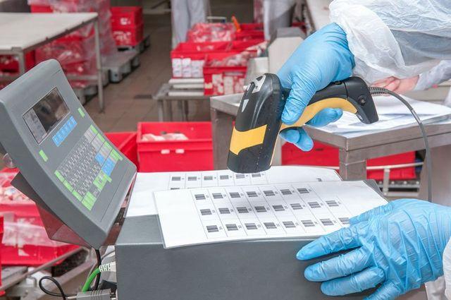 fase di lavorazione etichette, MC Service, Aprilia, Latina