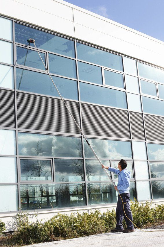 window cleaning expert