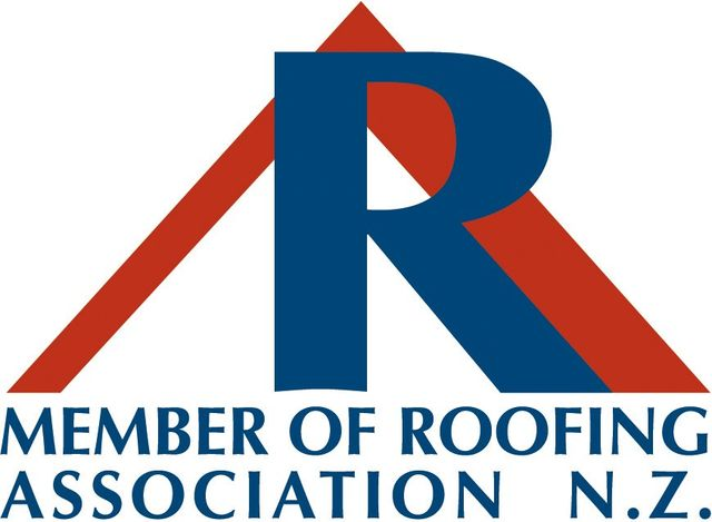 Member of roofing association logo
