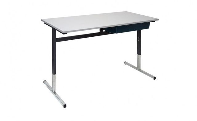 student t desk
