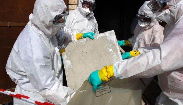 Experts at work to identify asbestos in Lovington, NM