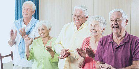 Anziani sorridenti alla casa di riposo di Cobucci Maria Marinella in Baranello