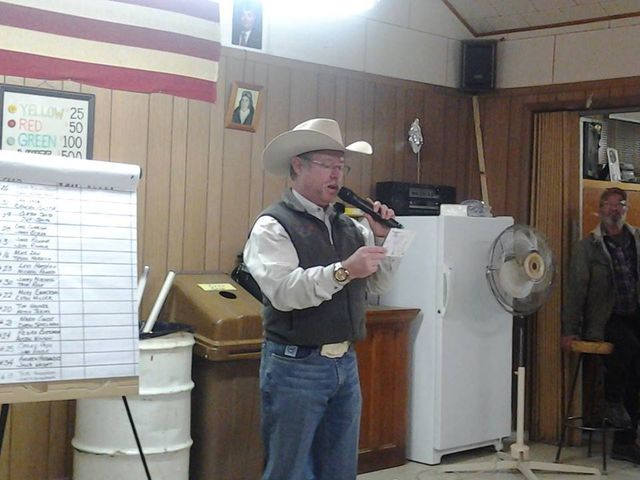 Professional hosting auctioning event in Aurora, CO