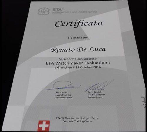 un Certificato di attestazione a nome Renato Luca