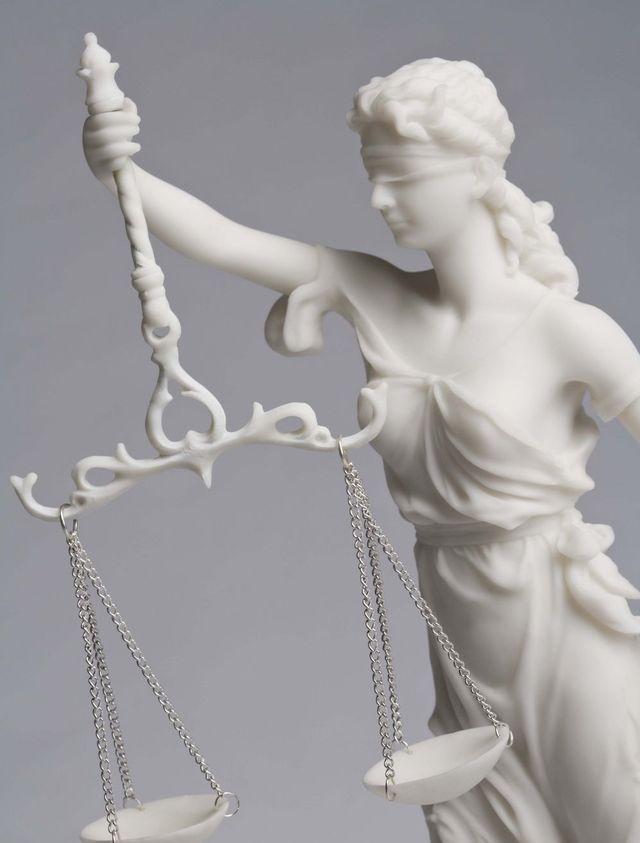 Symbol of legal issues in Enterprise, AL