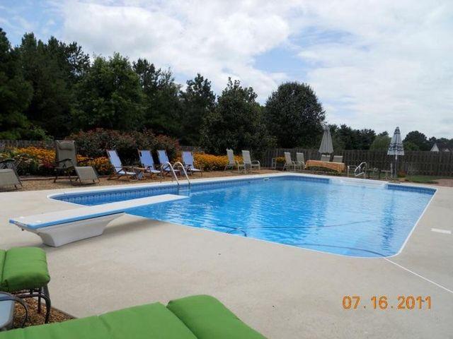 pool renovation and repair