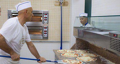 La pizza calabresa dell'hotel Helios a Caulonia
