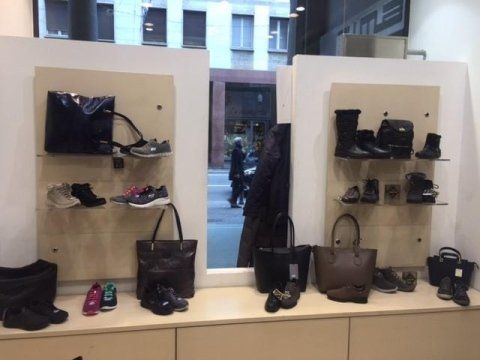 Calzature Negozi Abbigliamento I Varese Cima 0pYYEn6