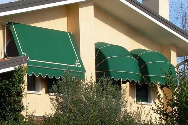 tende da sole di diverso tipo color verde NON SOLO OMBRA Ravenna