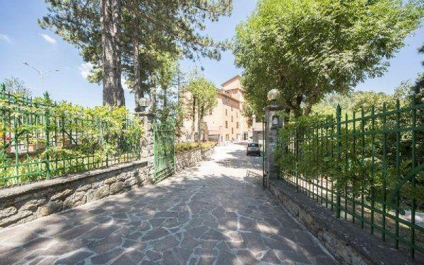 Cortile ingresso Casa di riposo Francescana