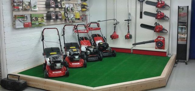 High quality lawnmowers for hire in Pembrokeshire